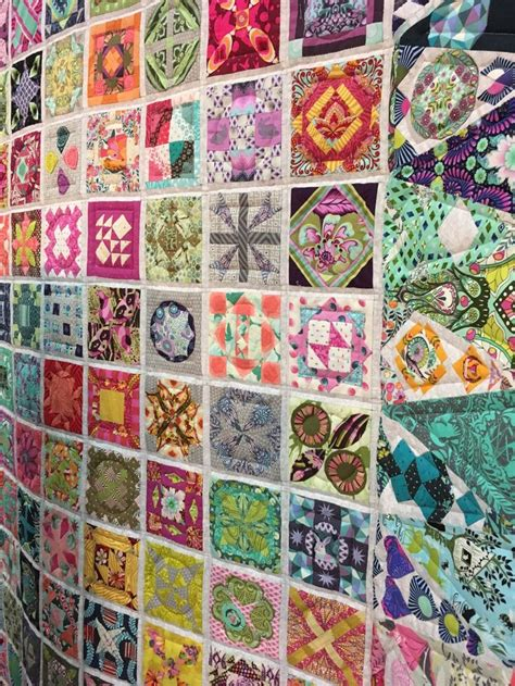 Tula Quilt by 465 Best Images About Dear Quilts On The