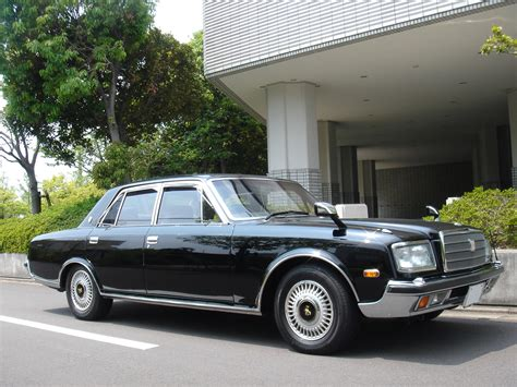 Toyota Costly Car Toyota Century Most Expensive Limousines In The World