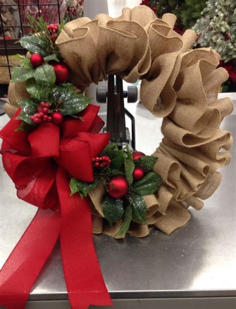 christmas wreath ideas easy crafts and homemade best 25 homemade christmas wreaths ideas on pinterest