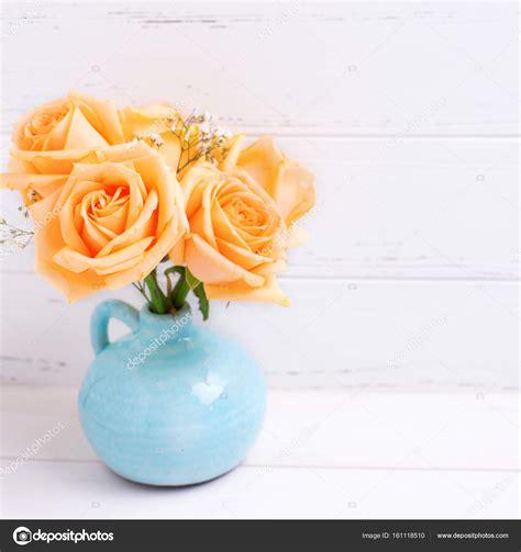 fiori color pesca fiori delle color pesca foto stock 169 daffodil