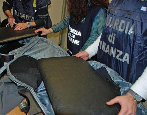 ufficio dogane torino torino arrestato spacciatore guatemala telecupole