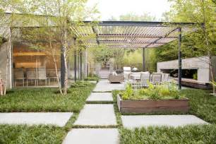 Imbue Design how to create a contemporary indoor outdoor living space