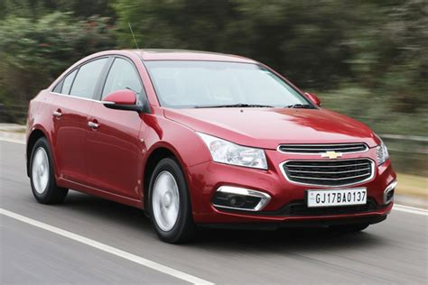 chevrolet cruze facelift revealed autocar india chevrolet cruze review cars first drive executive