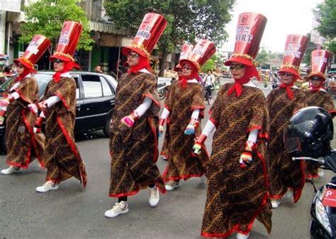 cara membuat yel yel gerak jalan kostum gerak jalan unik dan lucu indonesia raya