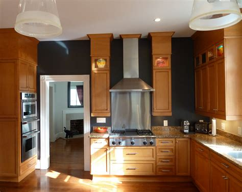 black kitchen cabinets what color on wall 105 best oak cabinet workarounds images on pinterest