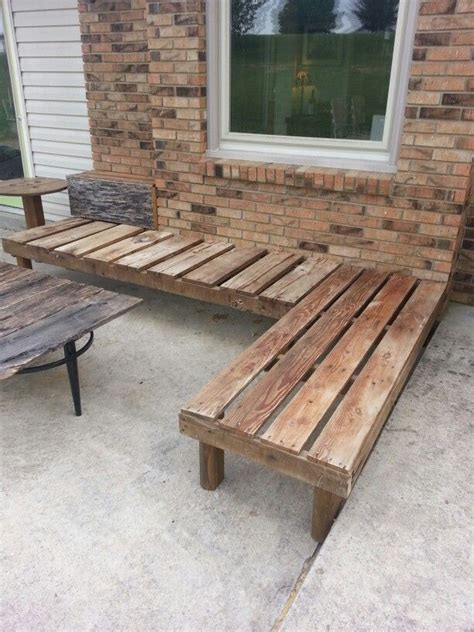 outdoor corner bench seating 25 best ideas about reclaimed wood benches on pinterest