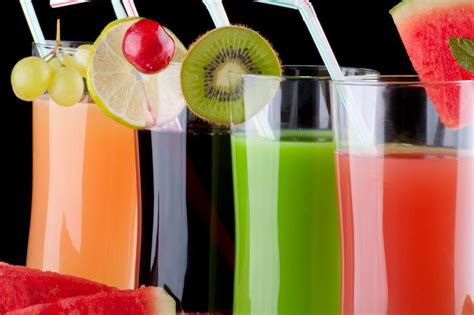 fruity alcoholic drinks slideshow