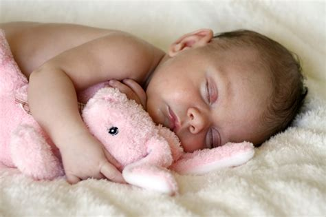 sleeping baby how to get baby to sleep through the