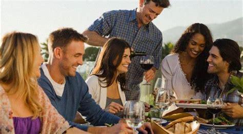 amici a tavola gli italiani a tavola appassionati e intenditori 171 pane