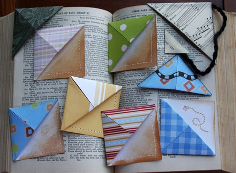Make Paper Bookmarks - 10 craft ideas that can use to make gifts