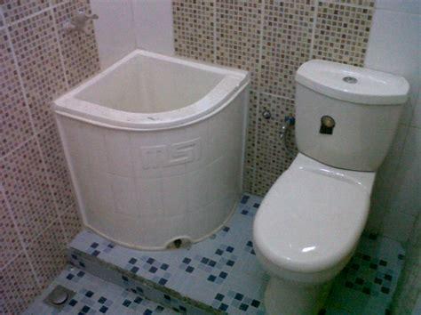 desain kamar mandi bak 10 desain kamar mandi dengan bak air terbaru 2017 lihat