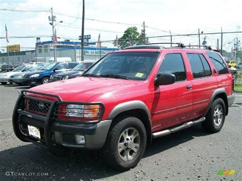 nissan 2000 4x4 cayenne red 2000 nissan pathfinder se 4x4 exterior photo