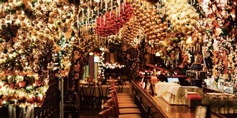 rolfs nyc christmas rolf s german restaurant christmas decorations new york