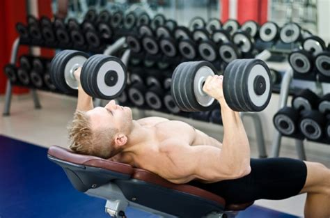 best angle for incline bench which is better for chest building incline or flat bench muscle strength