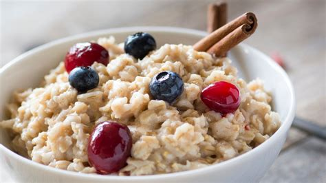 9 Ways To Make Oatmeal Interesting by How To Make Porridge With A Microwave Lifehacker