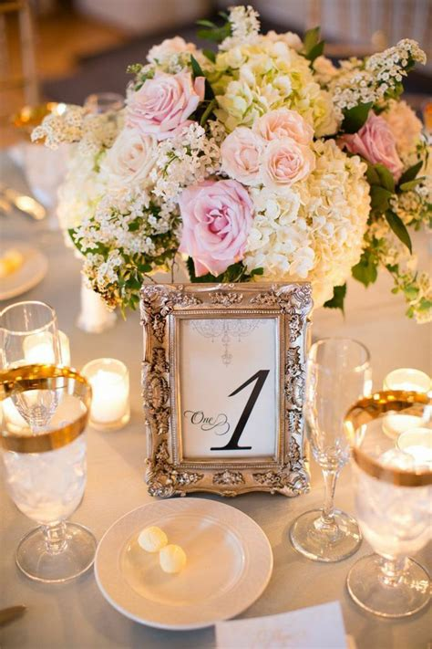 wedding table name ideas flowers d 233 coration de mariage des vieux cadres 231 a sert toujours
