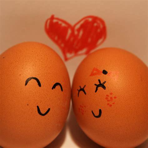 Couple Egg Wallpaper | egg couple wallpaper
