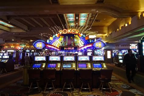 casino boat london las vegas solo trip information for women