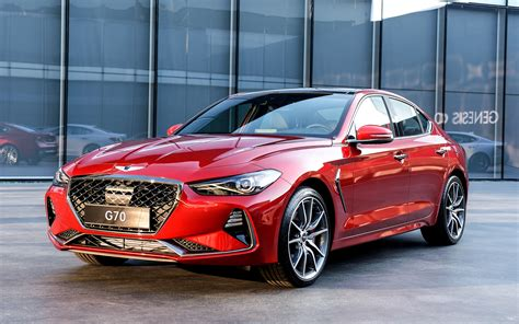 first look 2019 genesis g70 midsize luxury sedan