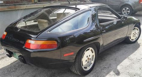 1989 porsche 928 dark green rwd used auto 121500 km buy for 22800 price in toronto nice used 1989 porsche 928s4 5 0 v8 auto black white leather classic porsche 928 1989 for sale