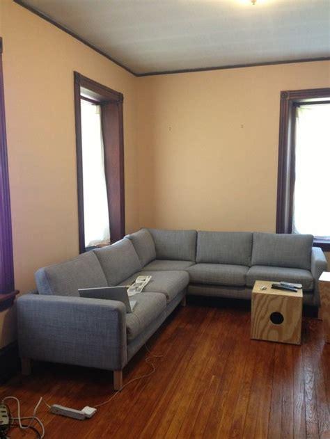 what wall color goes with grey sofa pkpbruins