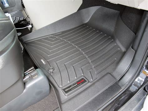 Floor Mats For 2013 Chrysler Town And Country by 2016 Chrysler Town And Country Floor Mats Weathertech