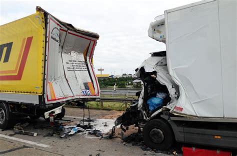 Motorradunfall A7 Heute by Wieder Die A6 Bei Mannheim T 246 Dlicher Unfall An Der