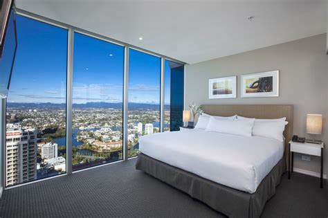 2 bedroom apartments surfers paradise accommodation 2 bedroom apartments gold coast surfers paradise