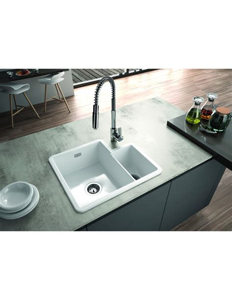 Metro By Thoms Denby MET1010 1.3 Bowl Ceramic Sink