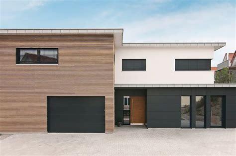 garage badezimmerideen architektur kolorat haus fassade haus fassade