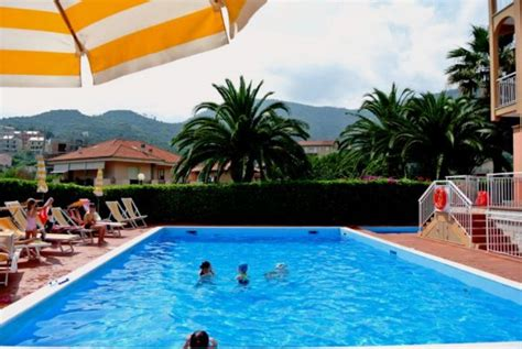 casa vacanze liguria residence orchidea pietra ligure hotelfree it