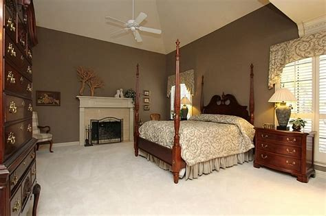 colors that go with taupe taupe carpet what color walls carpet vidalondon