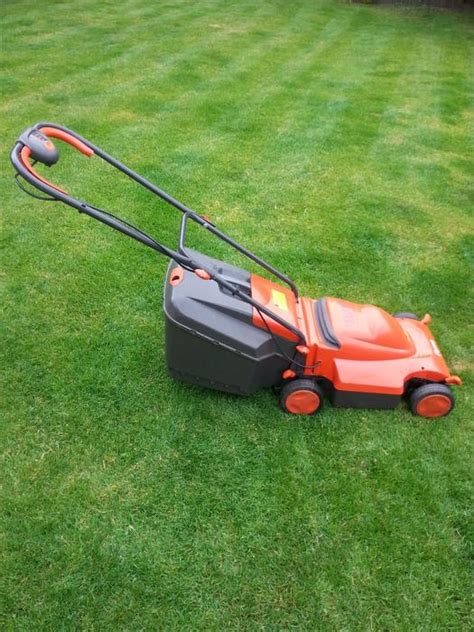 flymo 350 turbo lite flymo venturer turbo 350 roller rotary push lawnmower