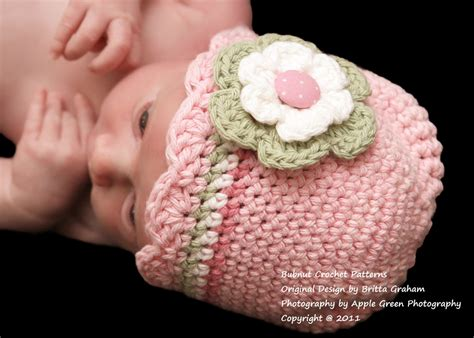 free crochet pattern newborn flower hat baby hat crochet pattern with shell trim crochet hat pattern