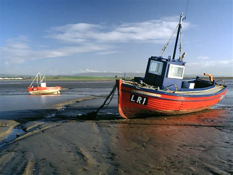 types of fishing boat uk file fishing boats lune estuary sunderland point