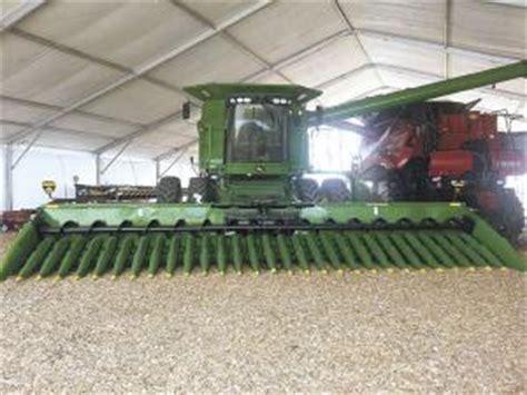 farm show world s cornhead
