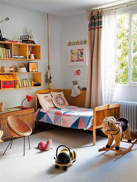 modern retro themed bedroom kids room pinterest important rules to keep when decorating a kid s bedroom