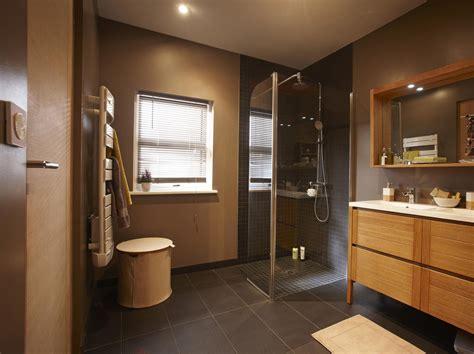 comment remplacer une baignoire par une comment remplacer une baignoire par une leroy