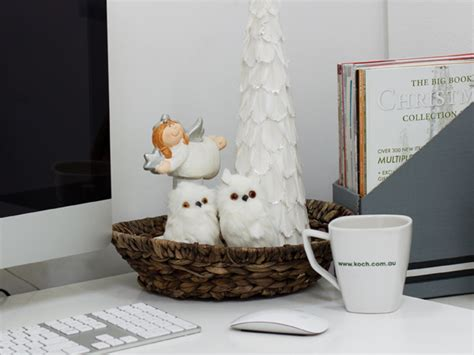 decorate your office simple christmas decorating ideas for your office
