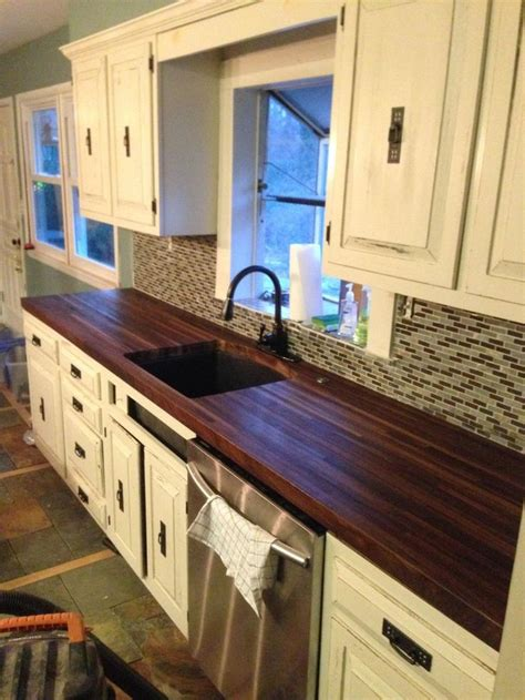 Painting Butcher Block Countertops by Best 25 Painting Tile Countertops Ideas On