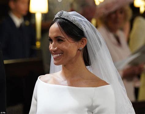 meghan s something borrowed which tiara did she wear - Meghan Markle What Tiara Did She Wear