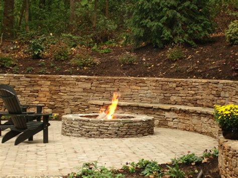 Outdoor Retaining Wall With Firepit And Lighting Outdoor Landscape Pits