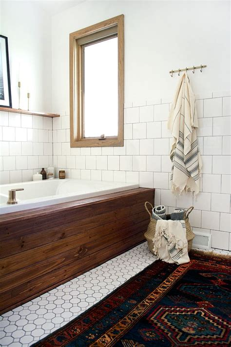 retro modern bathroom 25 best ideas about tile tub surround on pinterest tub tile bathtub tile surround