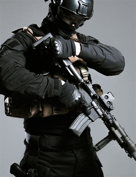 all black tactical gear 1000 ideas about swat on morale patch