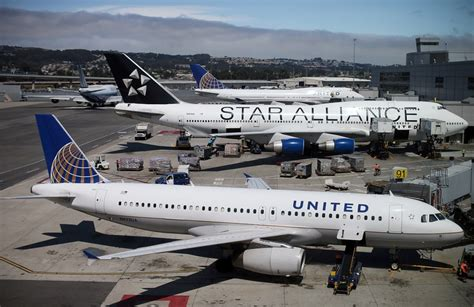 united airlines fees senate committee wants government crackdown on hidden