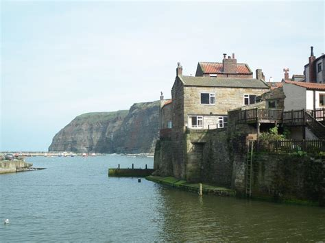 Cottage Staithes by 2 Bedroom Cottage For Sale In Smugglers Cottage Barbers