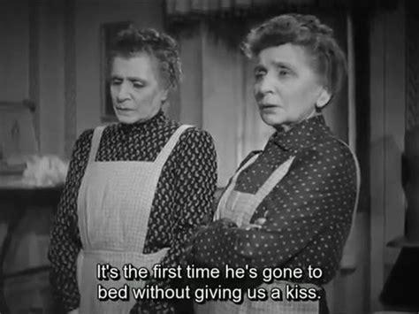 sorelle materasso sorelle materassi 1944 eng subs