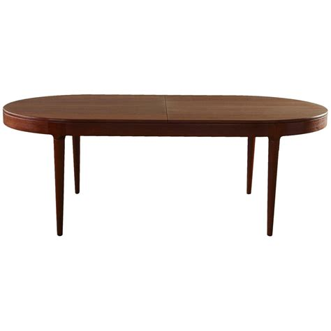 dining room tables that seat 12 dining room tables that