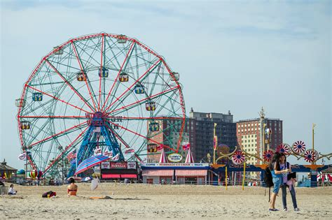 coney island guide to coney island ny s most popular seaside attraction