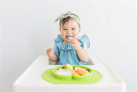 Ezpz Mini Mat In Lime mini mat in lime all in one plate placemat that suctions